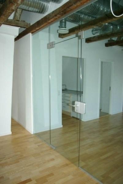 Montering af glasvæg i København | Glasdøre monteres til billig pris
